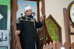<center>وزير الأوقاف يؤدي <br/>خطبة الجمعة القادمة <br/>بمسجد الإمام الحسين <br/>(رضي الله عنه) <center/>تحت عنوان : <center>قضاء حوائج الناس والمجتمع <br/>أولى من حج النافلة وتكرار العمرة <center/>