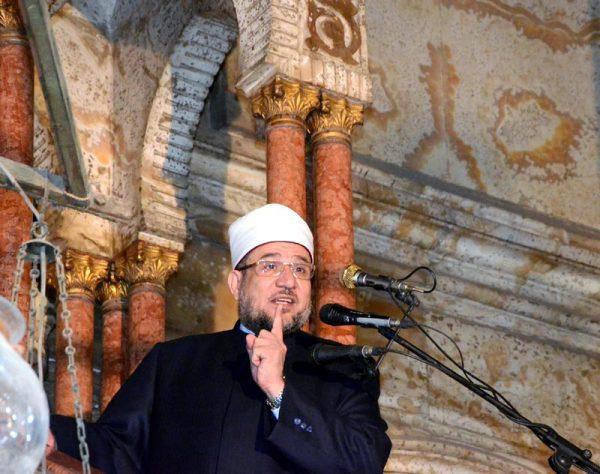 <center> وزير الأوقاف في خطبة الجمعة بمسجد محمد علي بالقلعة يؤكد: <center/>