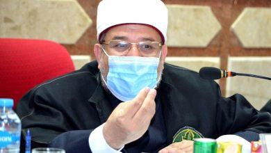 "Photo of وزير الأوقاف خلال مناقشته رسالة علمية بعنوان :  ""الدور الاجتماعي لوزارة الأوقاف المصرية""    بجامعةالأزهر"